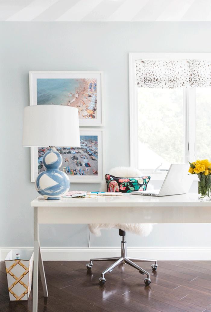 Minimalist Home Office Idea