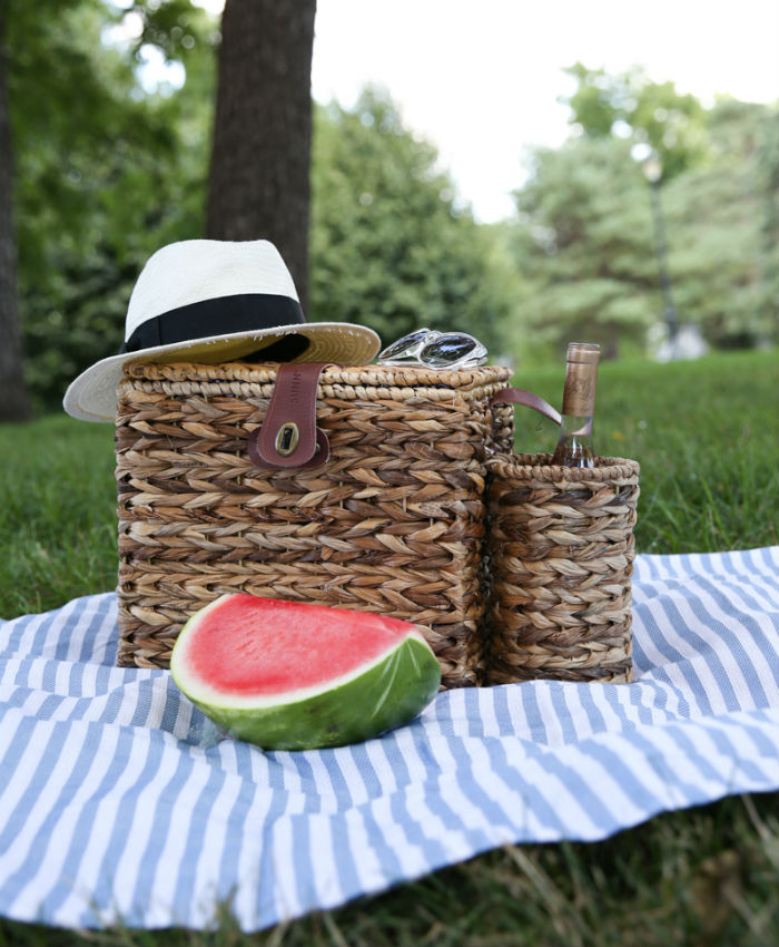 the perfect picnic basket