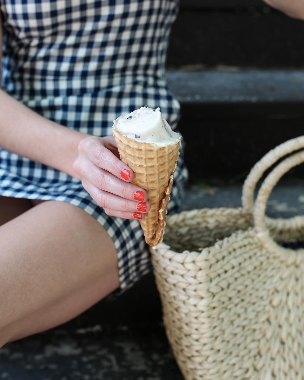 ice cream cone and straw tote = summer essentials